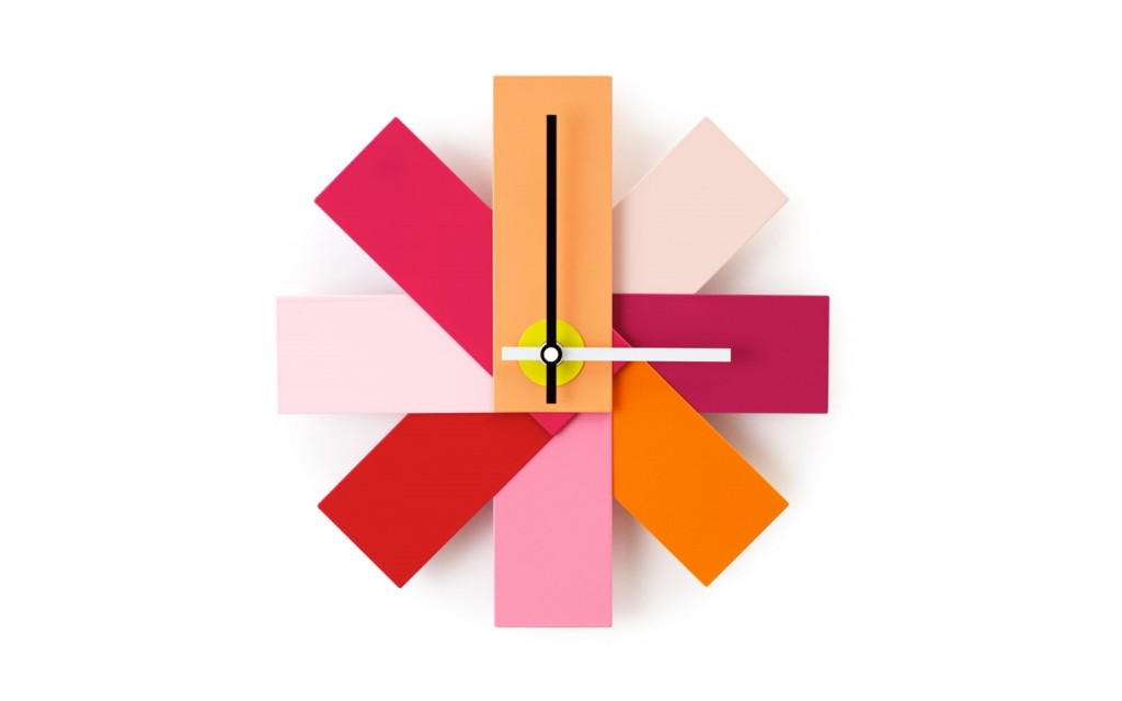 341005_Watch_Me_Wall_Clock_Pink