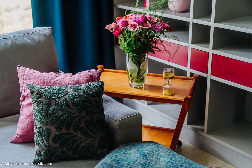 Где купить: мебель, ковры, свет, картины