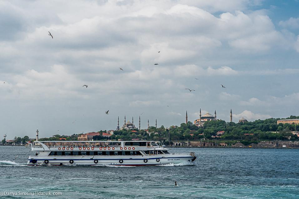 Стамбул впервые: где жить и где гулять