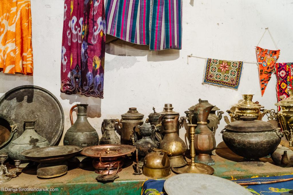 Легендарная толкучка: Янгиабадский рынок, Ташкент. Отрывок и из книги и то, что в нее не вошло.